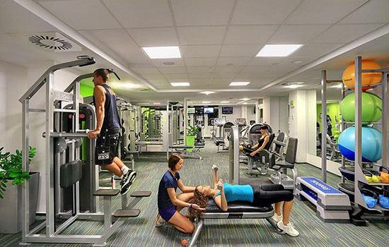 Osobní trenér ve fitness Orion Brno Lesná